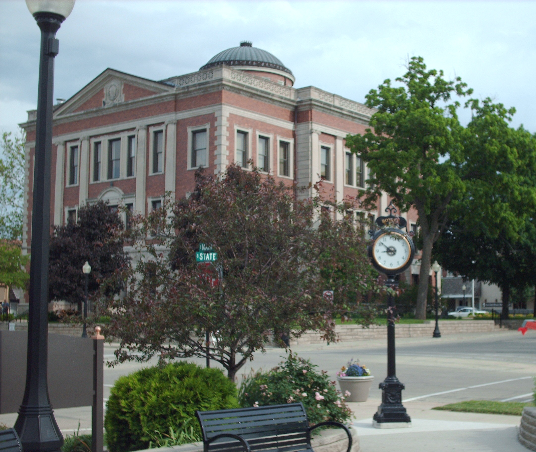 Downtown Courthouse Square